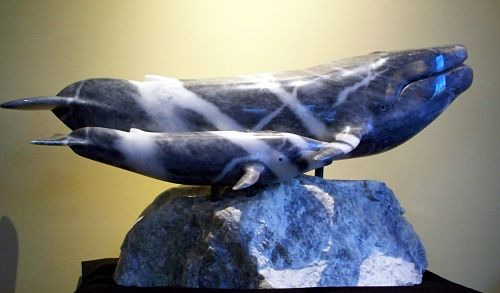 blue whale, whale and calf, sculpture of whales