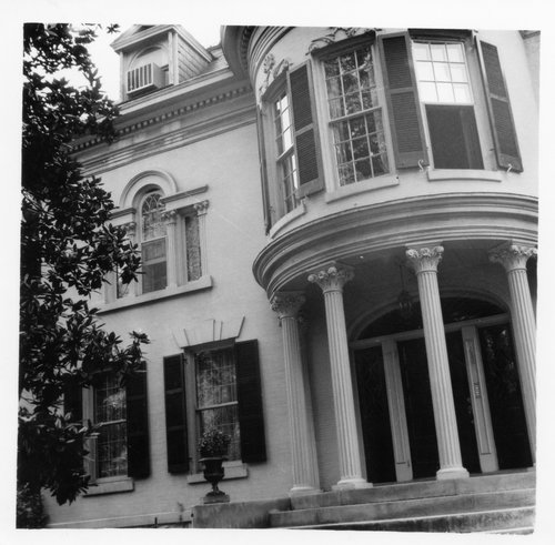 The original historic home at 1436 St James Court, the subject of the painting. Read about it at www.ArtsyShark.com