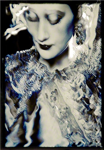 Black and white photograph of a Chinese Empress by Lisa Powers